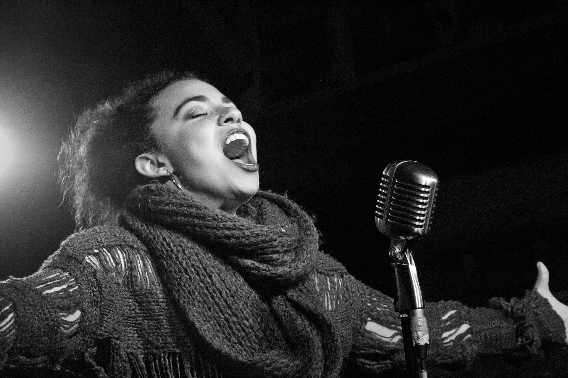 melbourne spoken word hosts australian poetry slam champion arielle
